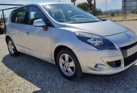 Renault Scenic Dynamique 1.5 dCi Auto (R1721)